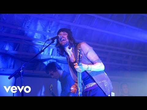 Velociraptor! (VEVO Presents: Kasabian - Live From Leices...