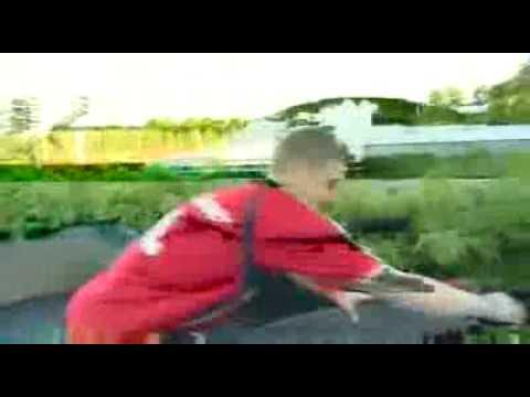Verstecken mit Bastian Schweinsteiger►►Weltrekordversuch siehe rechts►►►