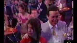 Иосиф Кобзон и Децл - Голубой огонёк на Шабловке (2001 год)