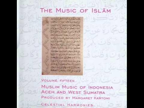 Muslim Music of Aceh and West Sumatra - Rapai daboih 1