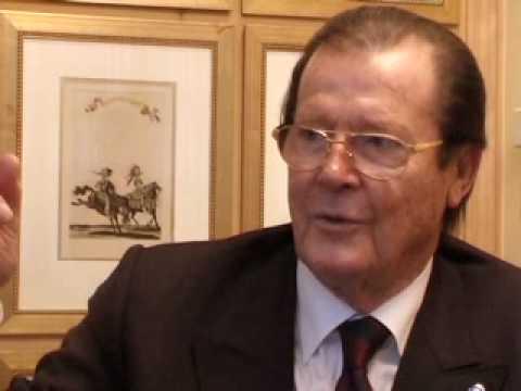 Roger Moore's Mugabe hatred