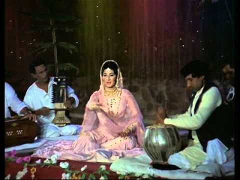 Jeevan Mrityu- 1017 - Bollywood Movie - Dharmendra Rakhee Rajendranath...