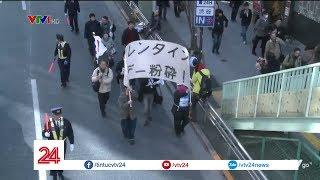Hội anh em ế Nhật Bản xuống đường đòi bỏ lễ Valentine | VTV24