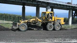 The best russian motor grader DZ-98A in action