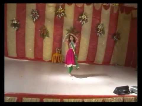 Bahara Bahara + Aaj Mere Piya Ghar Aavenge Medley Dance Performed By Anushka Bhargava video