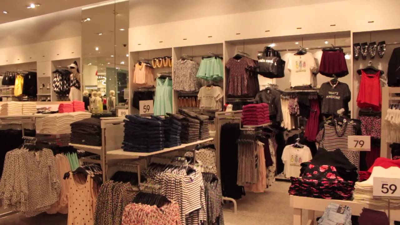 Clothing Stores In The Mall