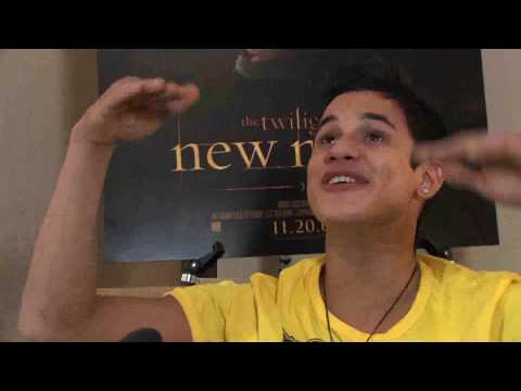 andPOP Speaks With Twilight New Moon Actor Bronson Pelletier
