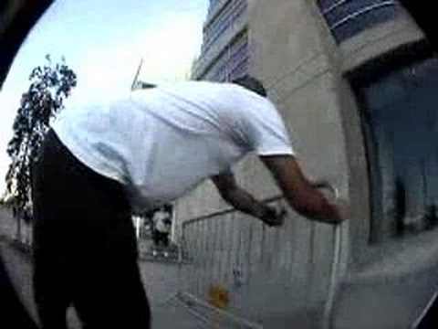 Compiled with footage from the 2002 Flowlab US road trip and the 2003 Gathering of Flow ride in SF. Ryan Carpenter, Brian Reynolds, mike r., Krause, Matt Moo...