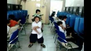 Harlem Shake Vietnam Version ( truong TH Nguyen Nhuoc Thi )