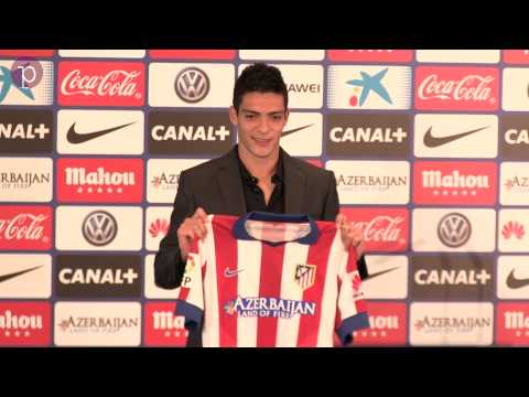 Presentación de Raúl Jiménez con el Atlético de Madrid
