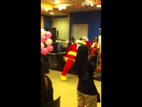 Jollibee's Whoos Kiri Hoops Dance video