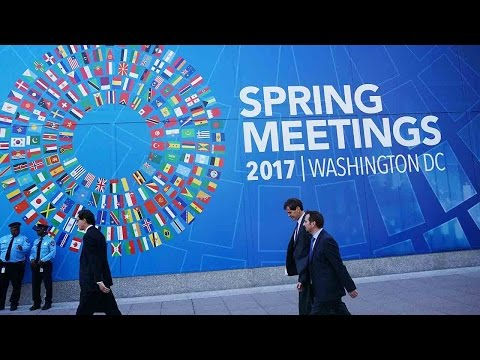 IMF warns protectionism may derail global economy