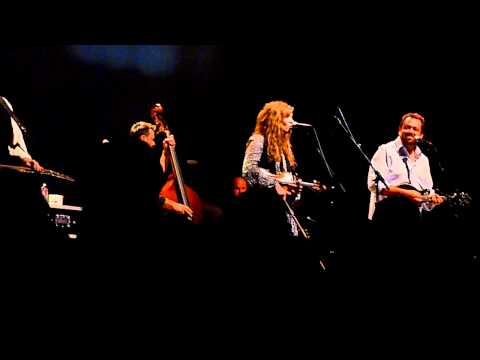 Alison Krauss and Union Station - Lie Awake