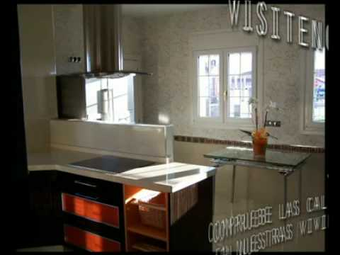 Casas prefabricadas interiores tecno home youtube for Interiores de casas prefabricadas