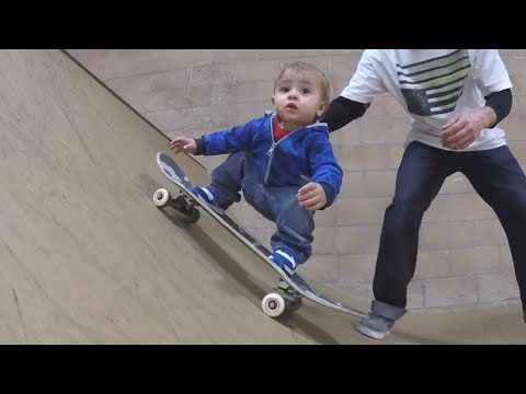 PEOPLE ARE AWESOME 2017 Kids Edition  Amazing Talented Kids Compilation