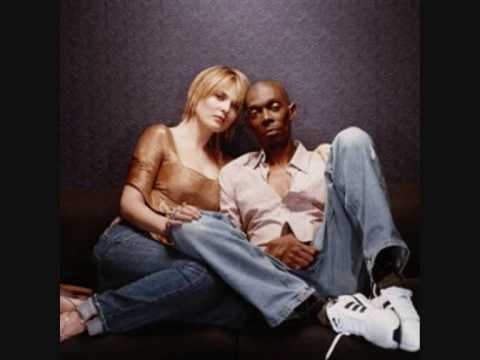 Faithless-Mass Destruction(bbc-radio1).wmv