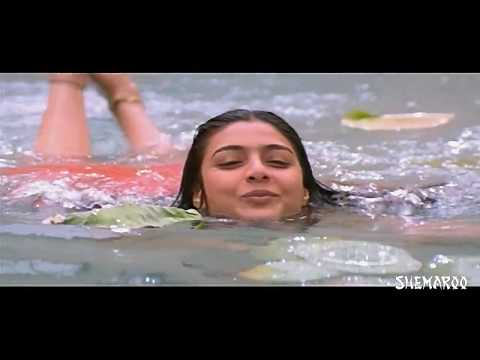 Aishwary Rai Hot Bath Scene - Priyuralu Pilichindi Movie Scenes...