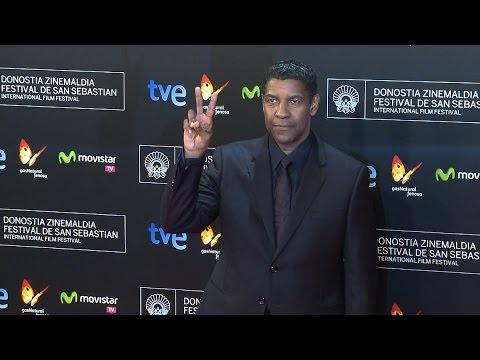 Denzel Washington recorrió la alfombra roja en el inicio del Festival de San Sebastián