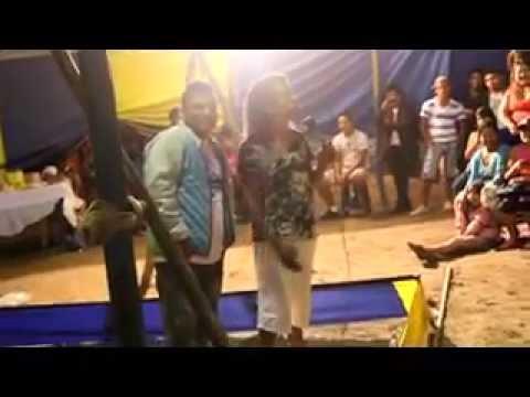 DEMENTE Y CACHAY EN EL CIRCO - LOS COMICOS AMBULANTES 2015 NUEVO
