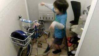マイケル・ジャクソン少年の動画