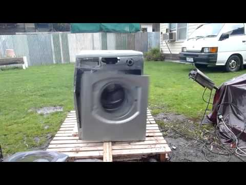 Thumbnail of video Autechre & The Washing Mashine