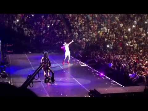 "TheTrophyLife.Net: Nicki Minaj Brings Out Lil Wayne For ""Loyal"" & More As A Special Treat In NY!"