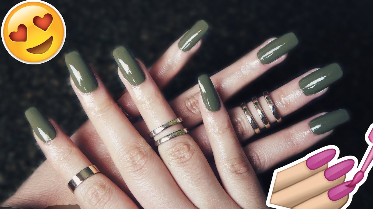 How to Apply and Remove Fake Nails images