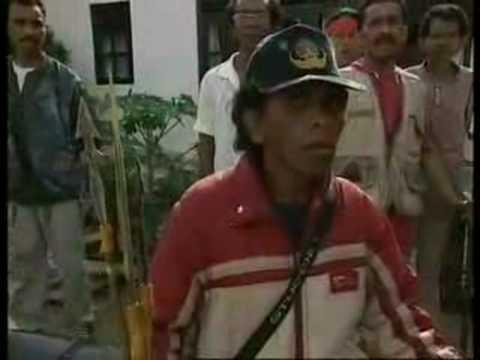 KONFLIK AMBON-INDONESIA (KENANGAN PAHIT)