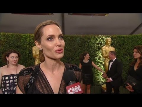 Angelina Jolie: Proud, humbled to get humanitarian award