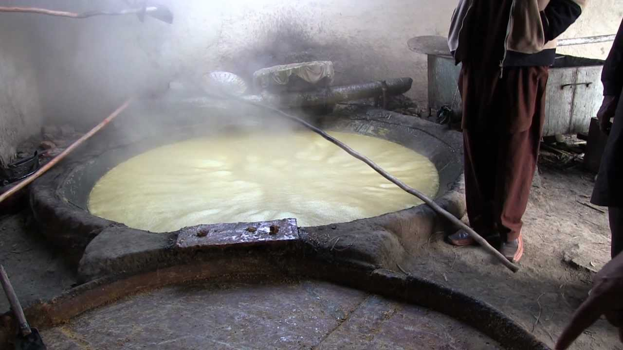 How Sugar is made, in a Sugar Factory of Pakistan. Canon