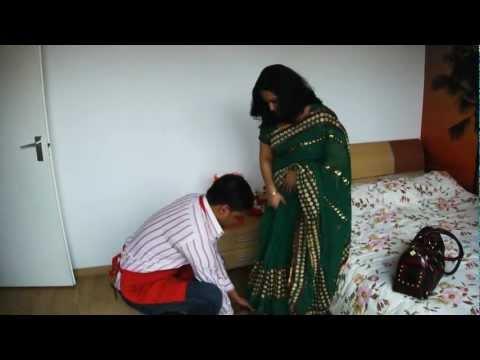 Faande Poriya Purush Kandere - Funny Bangla Natok 2012 - BanglaUnited