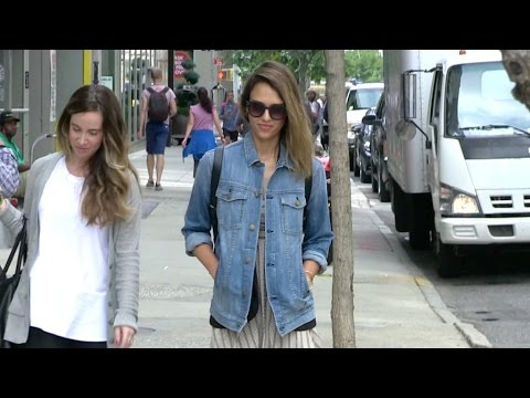 Jessica Alba leaving her Hotel in New York