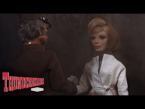 Lady Penelope And Parker Break Into The Bank Of England - Thunderbirds