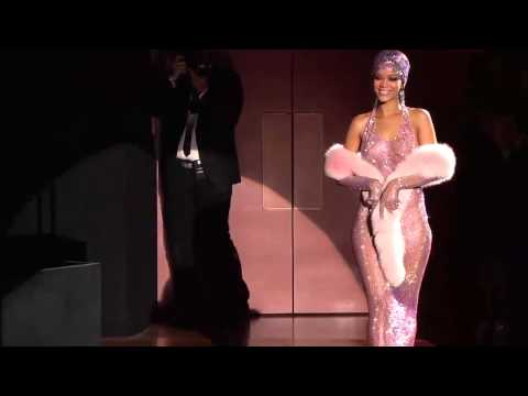 Rihanna Twerk Wearing Nude, See-Thru Dress Style Icon 2014 Awards [Topless Nipple Flash oops]