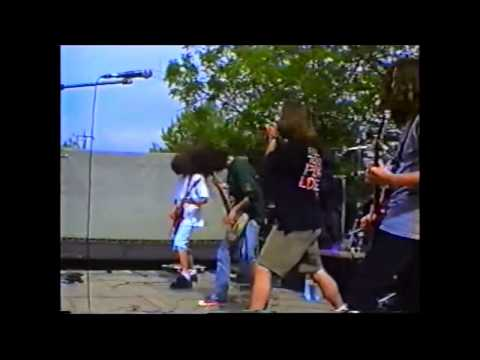 Booby Trap - Brutal Intervention - live @ Mogofores 30/4/1995