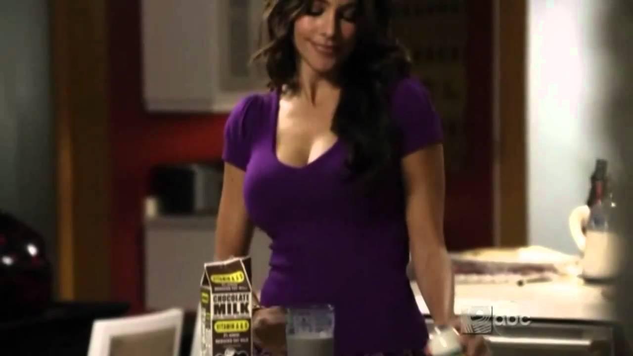 Sofia vergara makes chocolate milk youtube - Modern family desiree ...