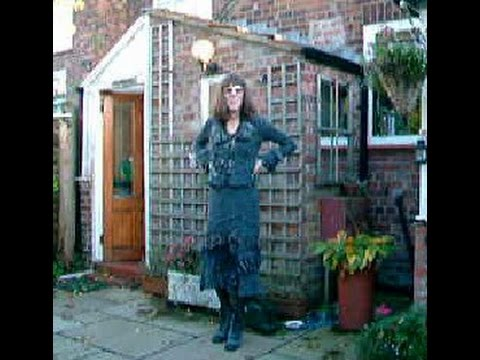 AMBER CROSSDRESSING IN THE GARDEN