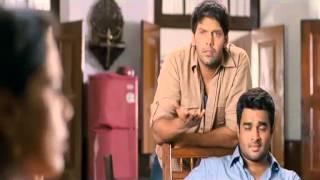 Vettai - Tamil Movie Vettai Comedy Scene - Amala's Kiss to Arya   - Arya, Madhavan, Sameera & Amala
