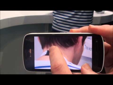 Nokia 808 PureView 41-megapixel camera demo