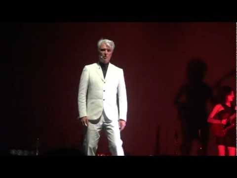 David Byrne & St. Vincent - This Must Be The Place Naive Melody