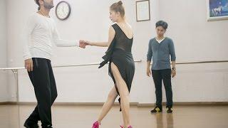 Phan Hiển nhìn Khánh Thi nhảy với vũ công quốc tế(tin tuc sao viet)