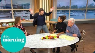 Should Children Be Banned From Pubs? | This Morning