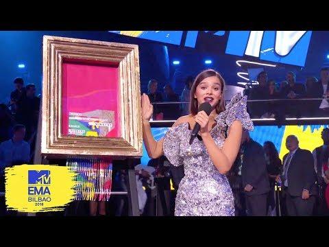 Hailee Steinfeld Reveals EMA Art Piece | MTV EMAs 2018