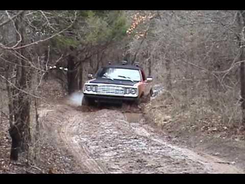 Dodge Power Wagon 1977 >> 1977 Dodge Power Wagon - YouTube