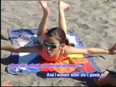 Itsy Bitsy Teenie Weenie Yellow Polka Dot Bikini (Children Education Song) lyric