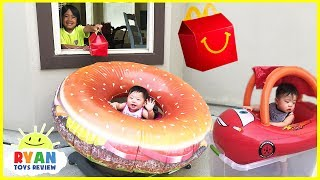 McDonald's Drive Thru Prank Twin Babies! Giant Hamburger Ride on Car Disney Cars Lightning McQueen
