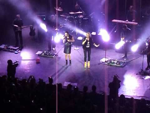 Melanie C & Natalie Appleton - Pure Shores (Live @ Shepherds Bush Empire 2014)