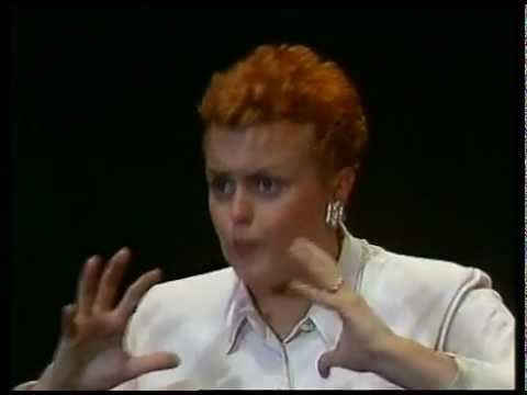 Muriel robin le salon de coiffure youtube for Muriel robin le salon de coiffure