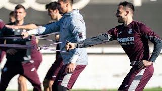 Alcácer ya entrena con el Villarreal
