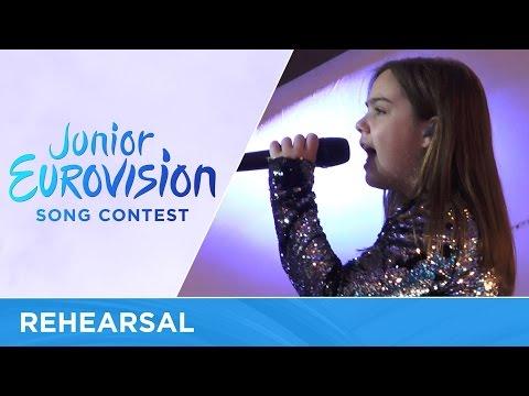 Dunja Jeli�ić - U La La La (Serbia) Rehearsal Junior Eurovision 2016
